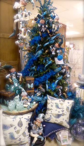christmastreebluedecorations